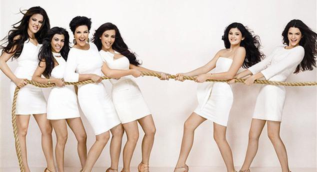 635723170089222957-1266159202_kardashian-family